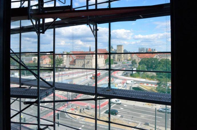 Biuro z widokiem z ósmego piętra © Garvest