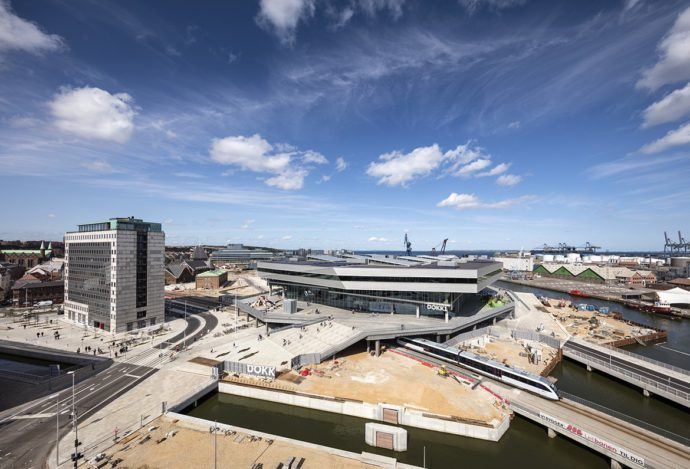 Fragment rewitalizowanego nabrzeża Aarhus © Schmidt Hammer Lassen Architects