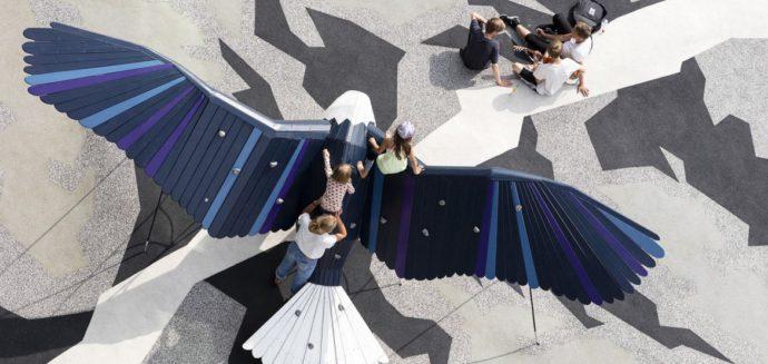 Wszystkie sprzęty na placu zabaw przybrały kształty zwierząt © Schmidt Hammer Lassen Architects