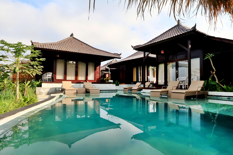 KVUB Poolside Villa