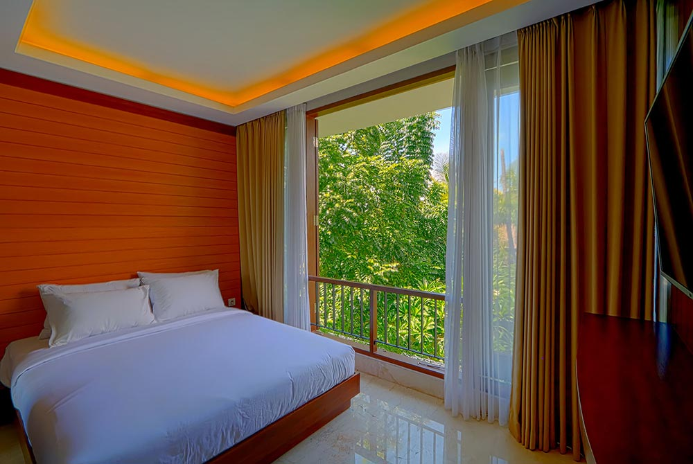 VSSB Three Bed-Rooms Villa with plunge pool