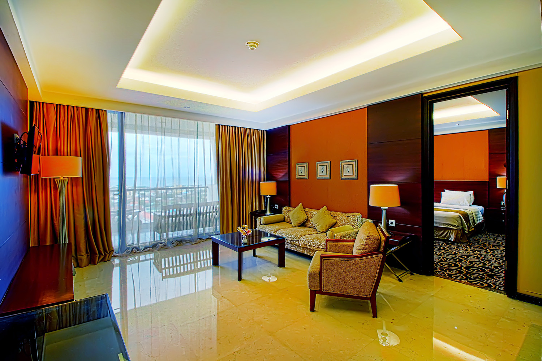 GDBT Kie Raha Suite