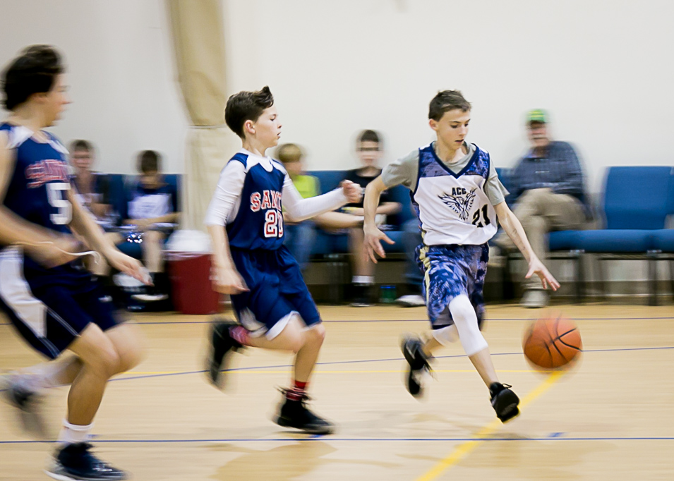 private school offers basketball