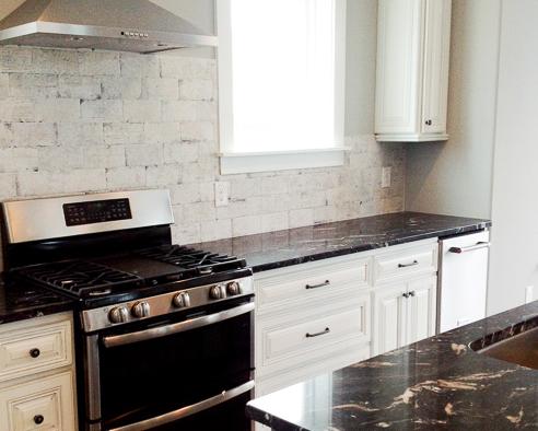 kitchen backsplash by home builder Ernie Crews