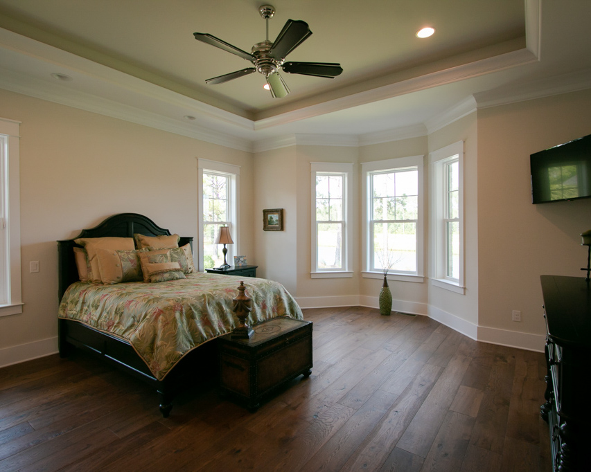 tray ceiling by golf course home builder