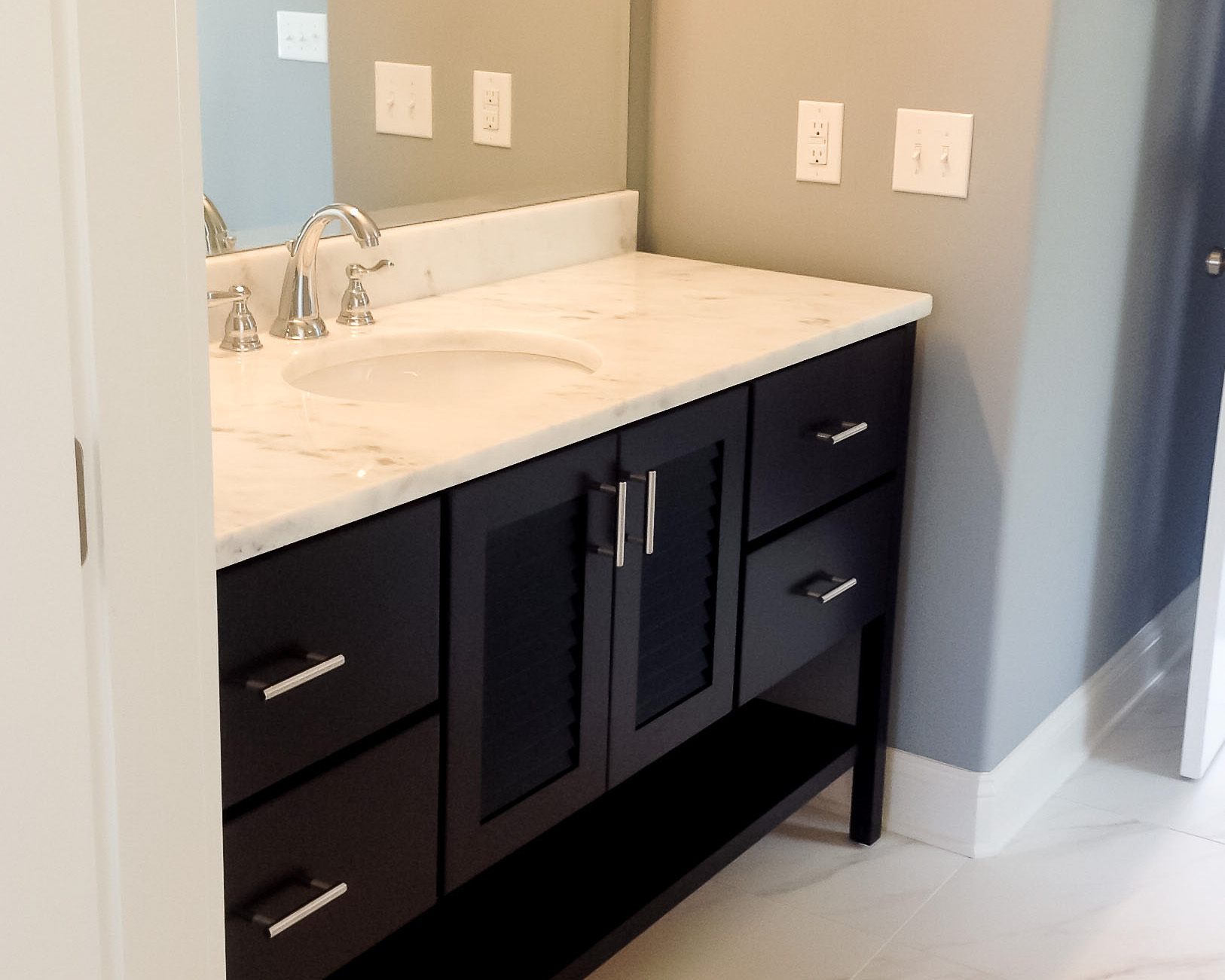 custom cabinets in new sunset beach construction
