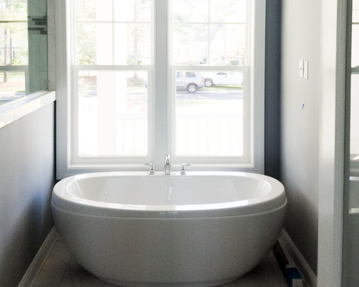 soaking tub in new luxury home