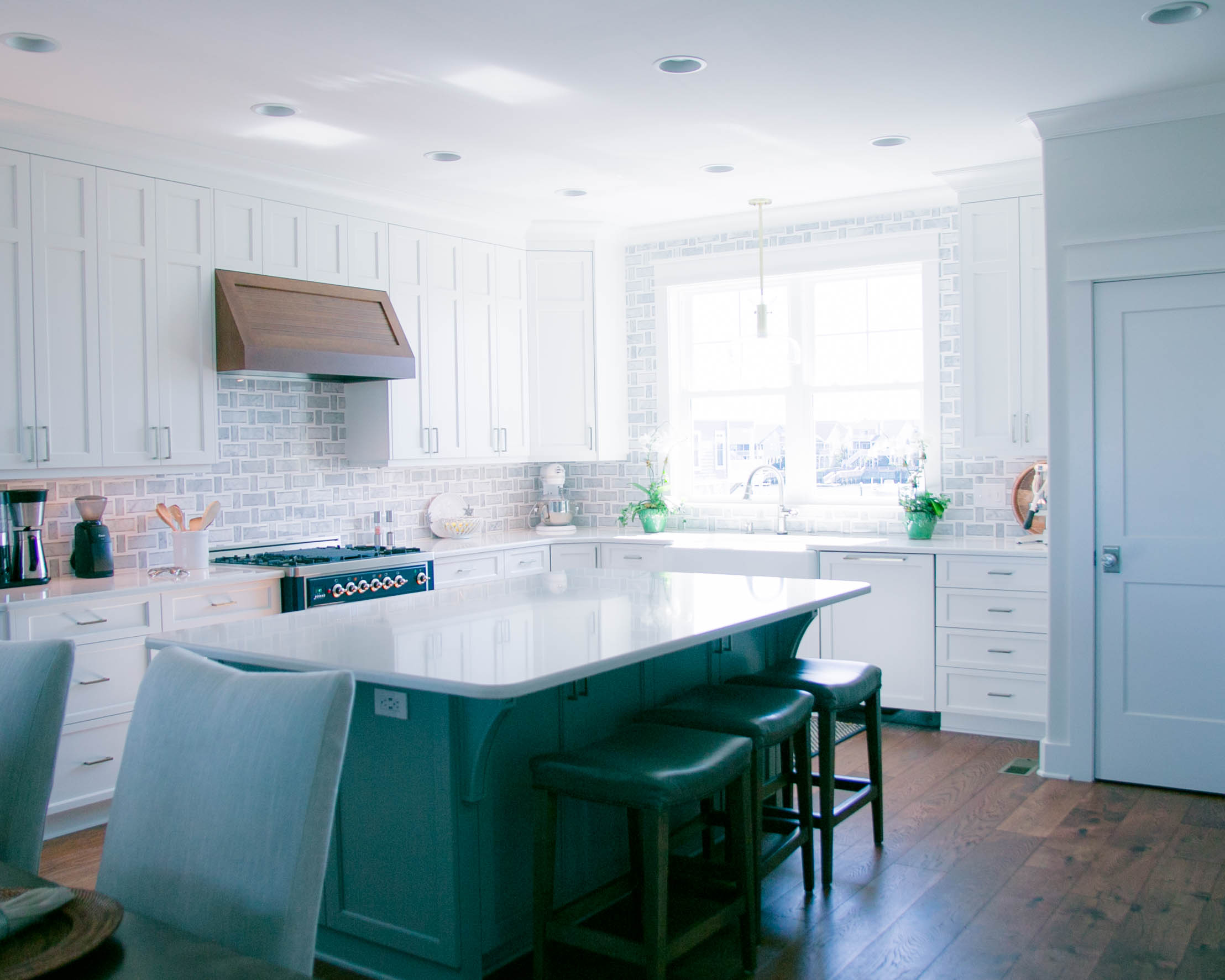 open kitchen floor plan in beach home