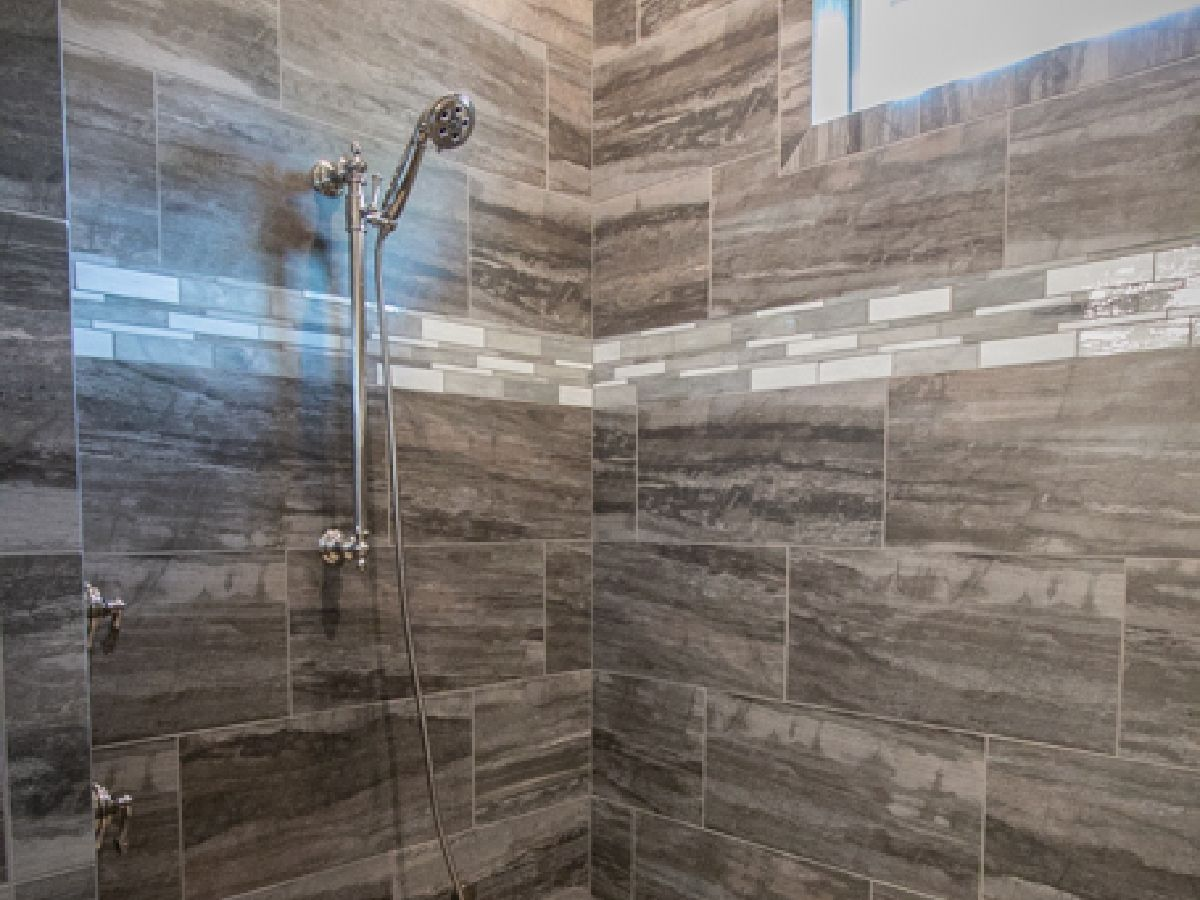 custom tiled bathroom shower