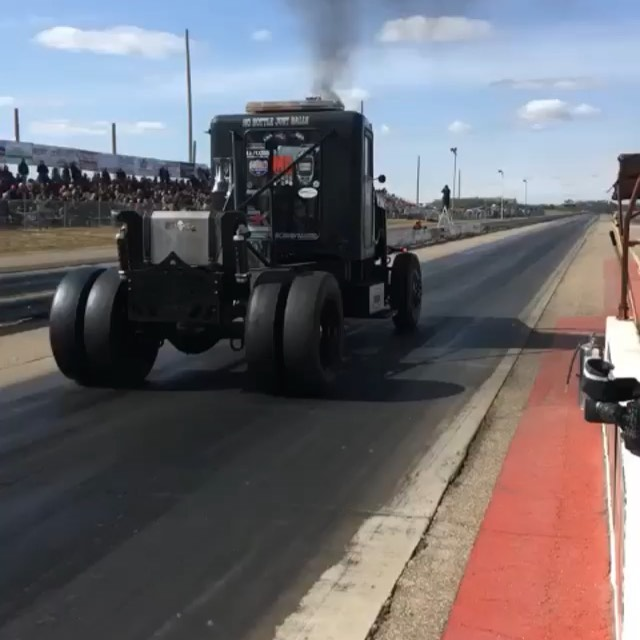 The Beast is Mario's 4000HP Cat-powered diesel drag truck