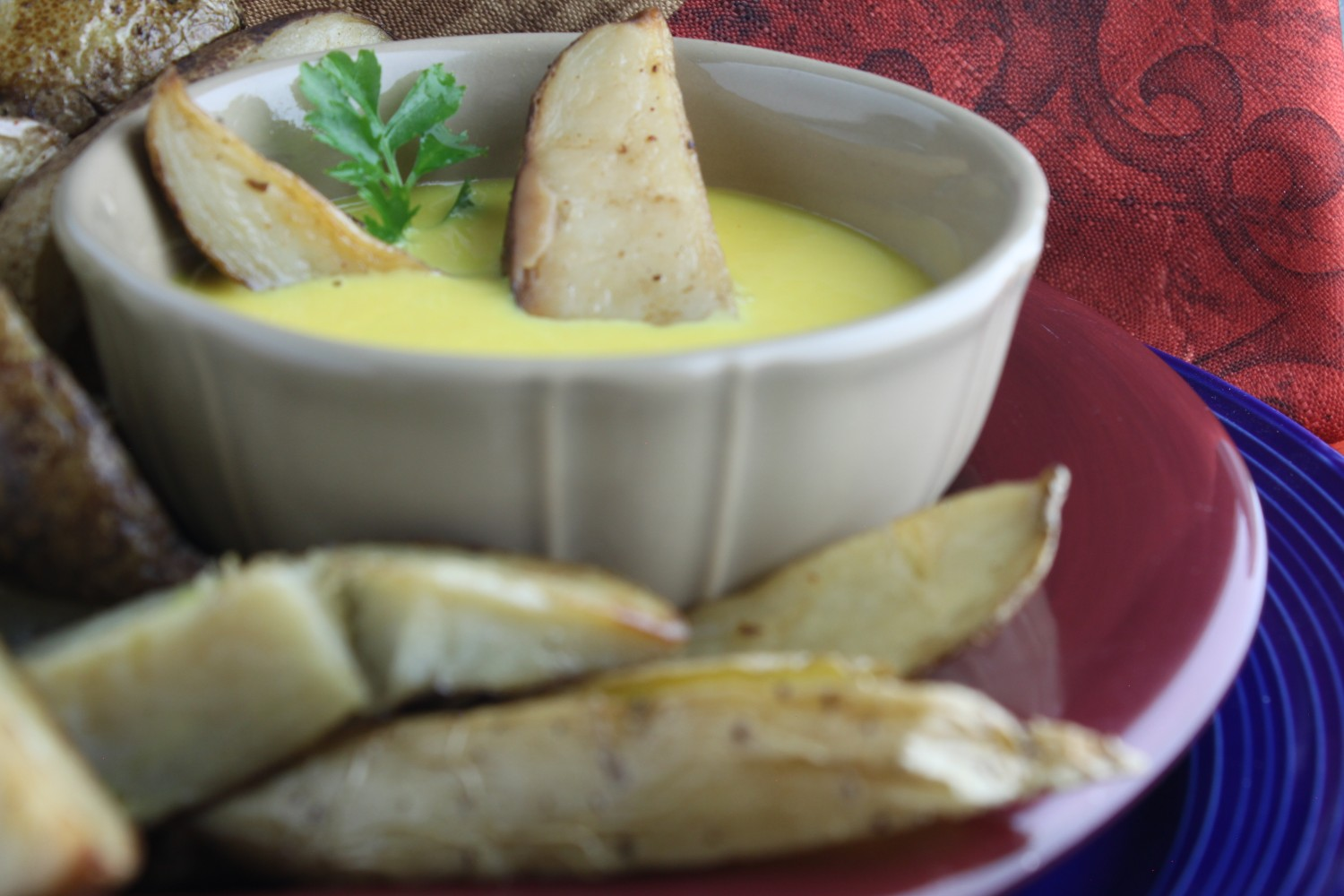 Potato Wedges in Tater Sweet Dipping Sauce