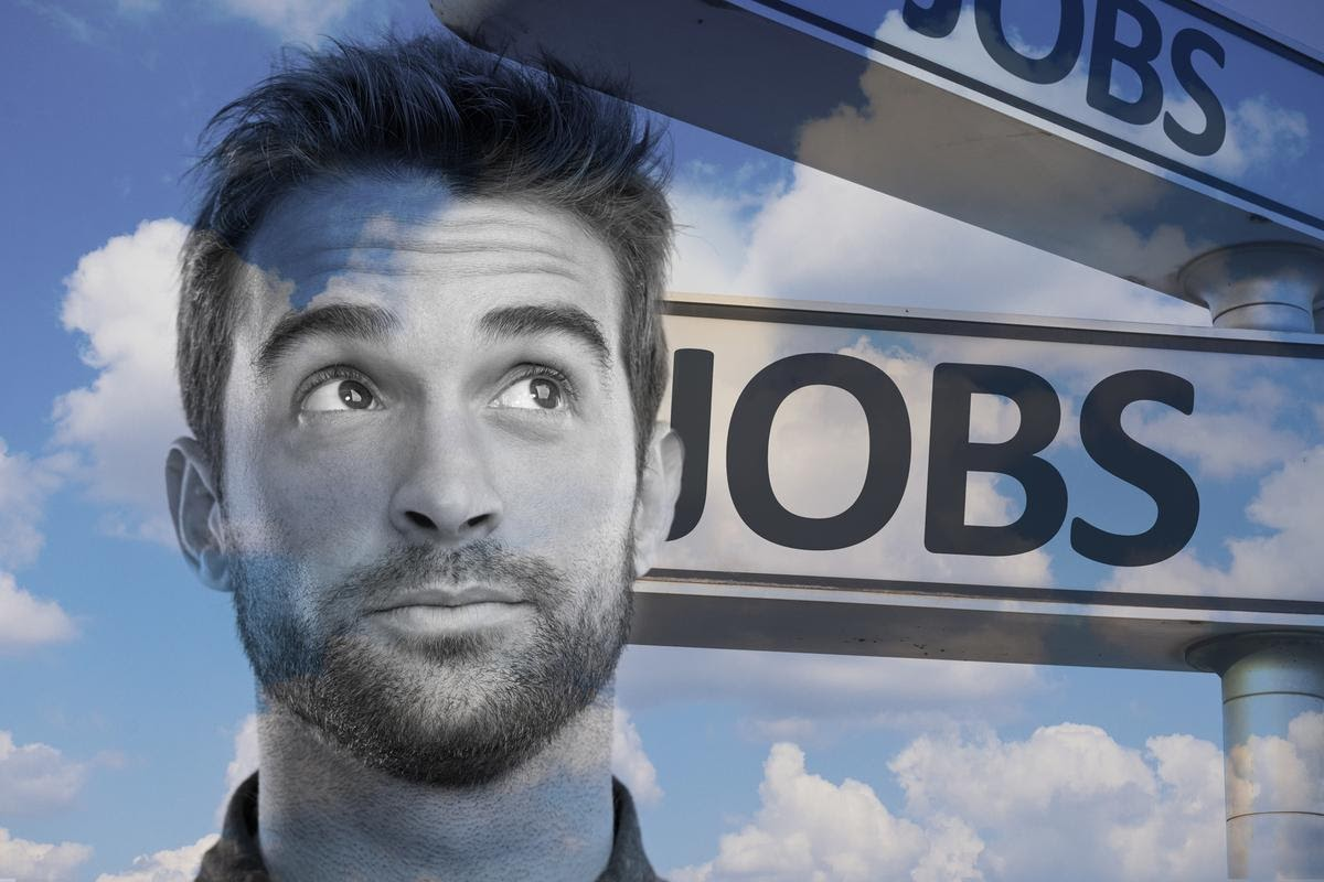 https://images.idgesg.net/images/article/2020/04/head-in-clouds_hiring-in-the-future_jobs_by-gustavofrazao-and-peopleimages-getty-images-100838206-large.jpg
