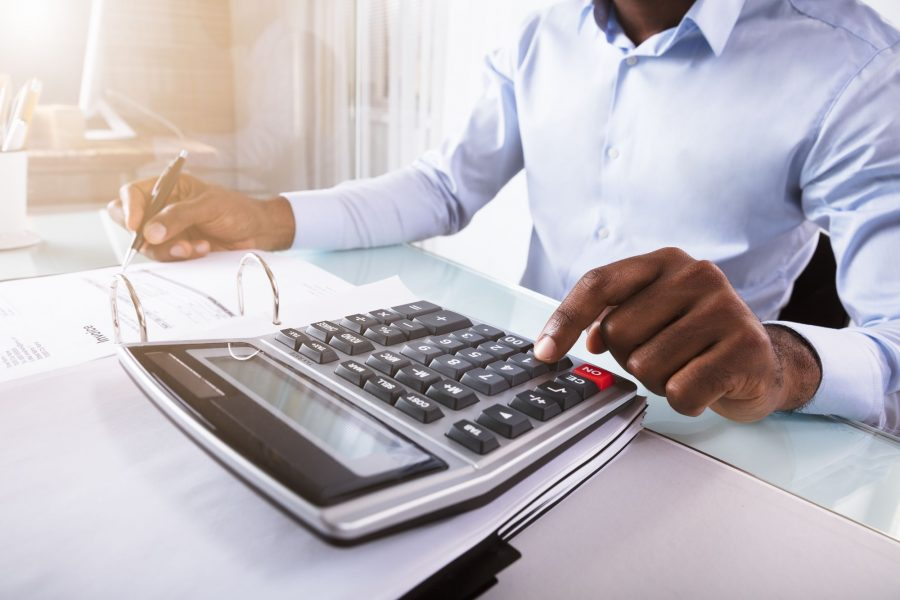 IRRF na folha de pagamento: como calcular?