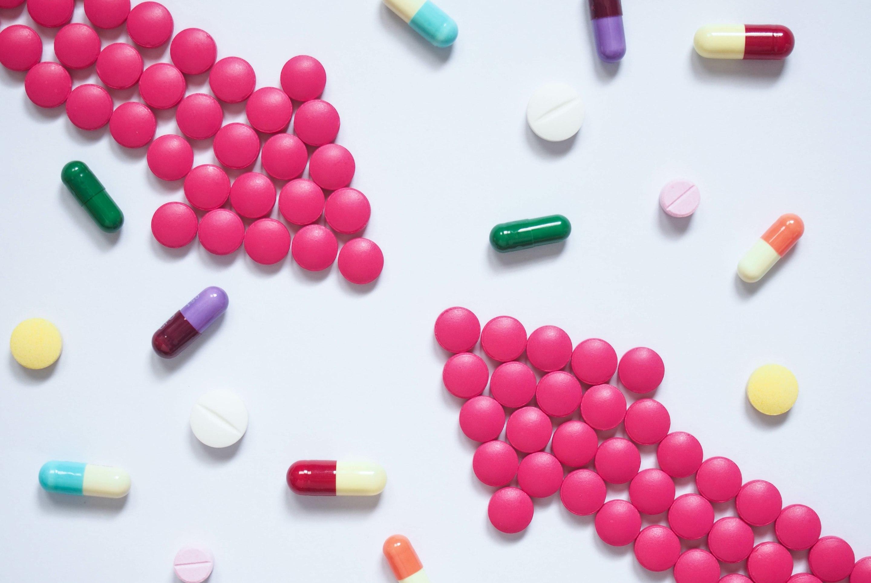 Tarkista lääkkeiden yhteensopivuus