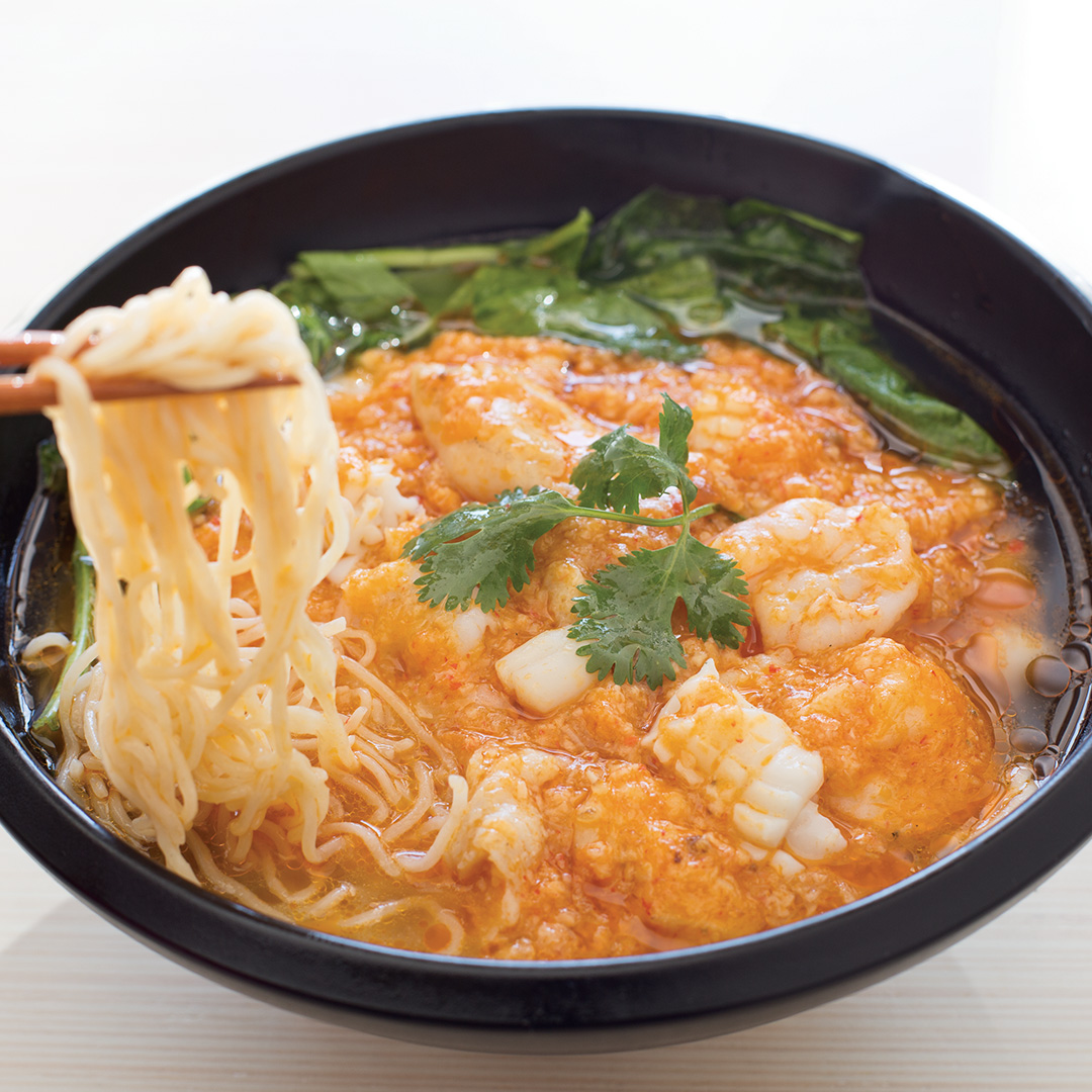 Seafood in Crab Meat Sauce Noodle