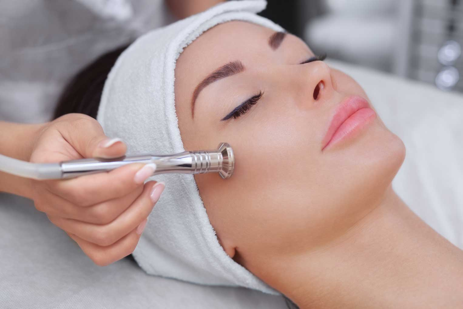 Diamond Tip Microdermabrasion