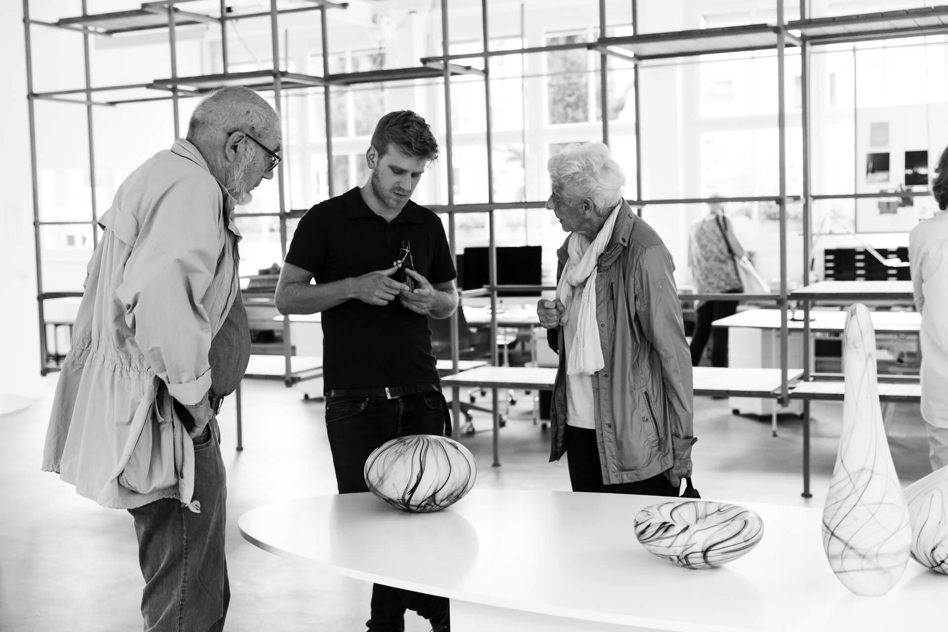 Jonas Noël Niedermann, Kunsthandwerk, glass artist, glass craft, glasmester Holmegaard Værk, Okro Chur