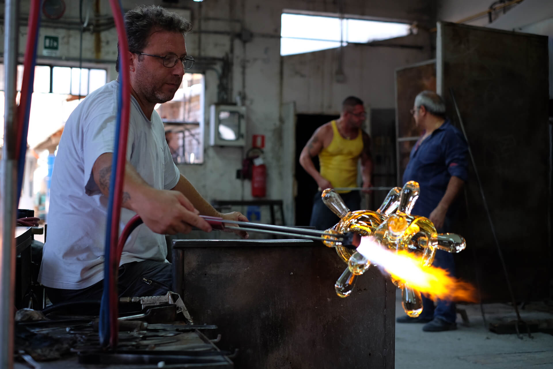 Glass Master Andrea Salvagno  at work