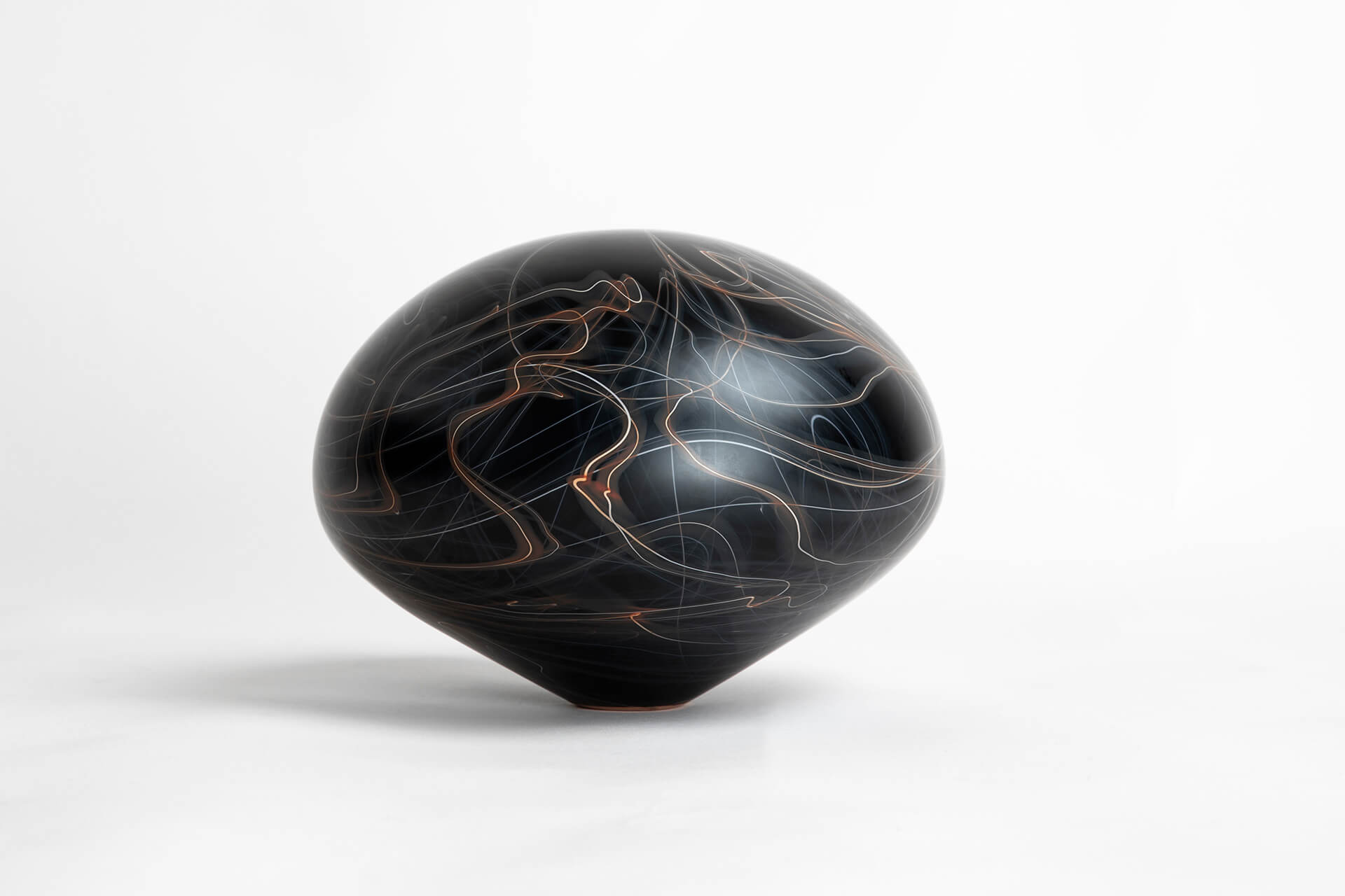 Jonas Noël Niedermann, Floating Lines, Nov Gallery, Carouge, Genevé, Craft, Glassart, Switzerland, Glass Artist