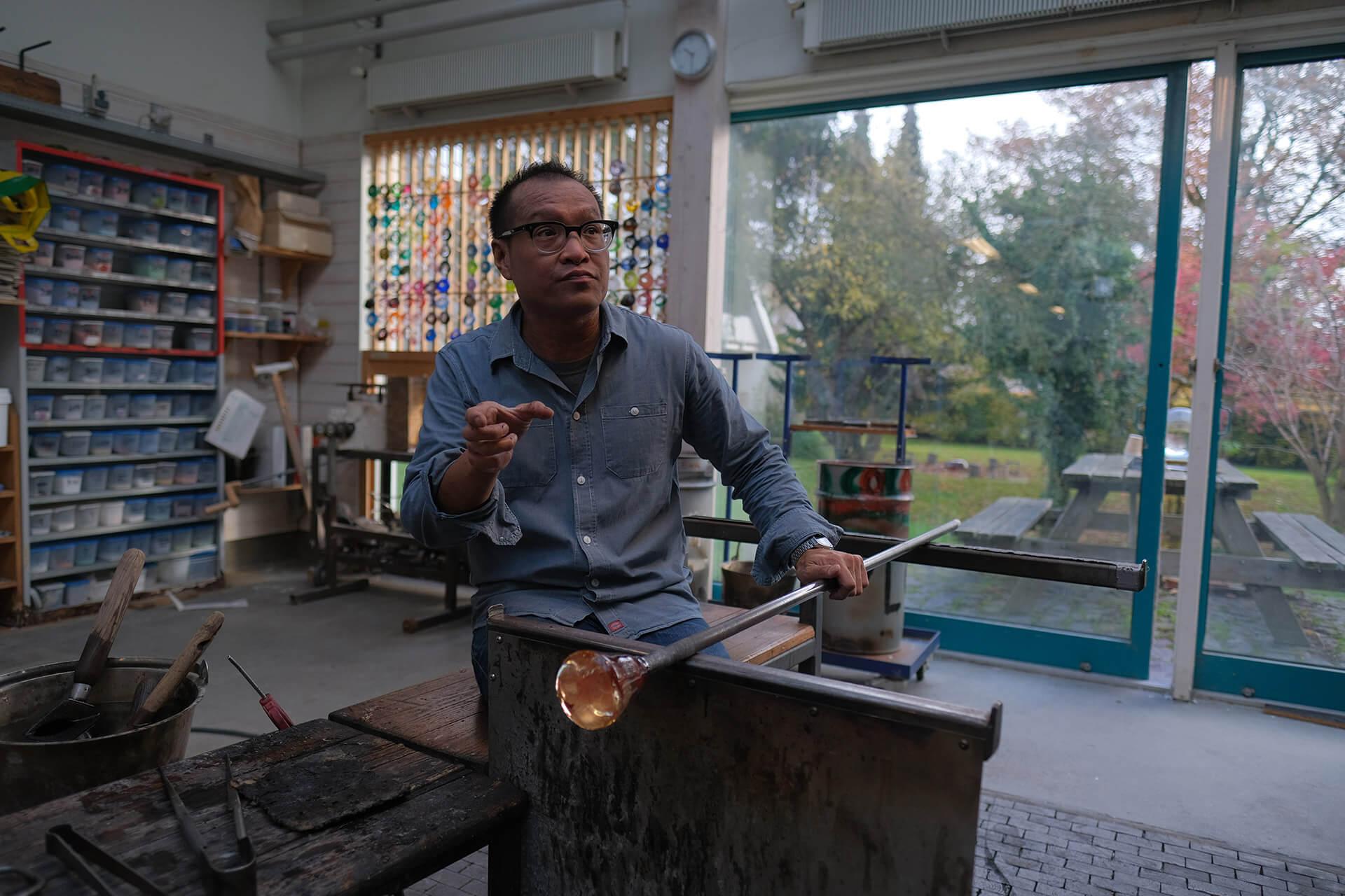 Glass Artist Jeffrey Sarmiento, Jonas Noël Niedermann, Glass Art