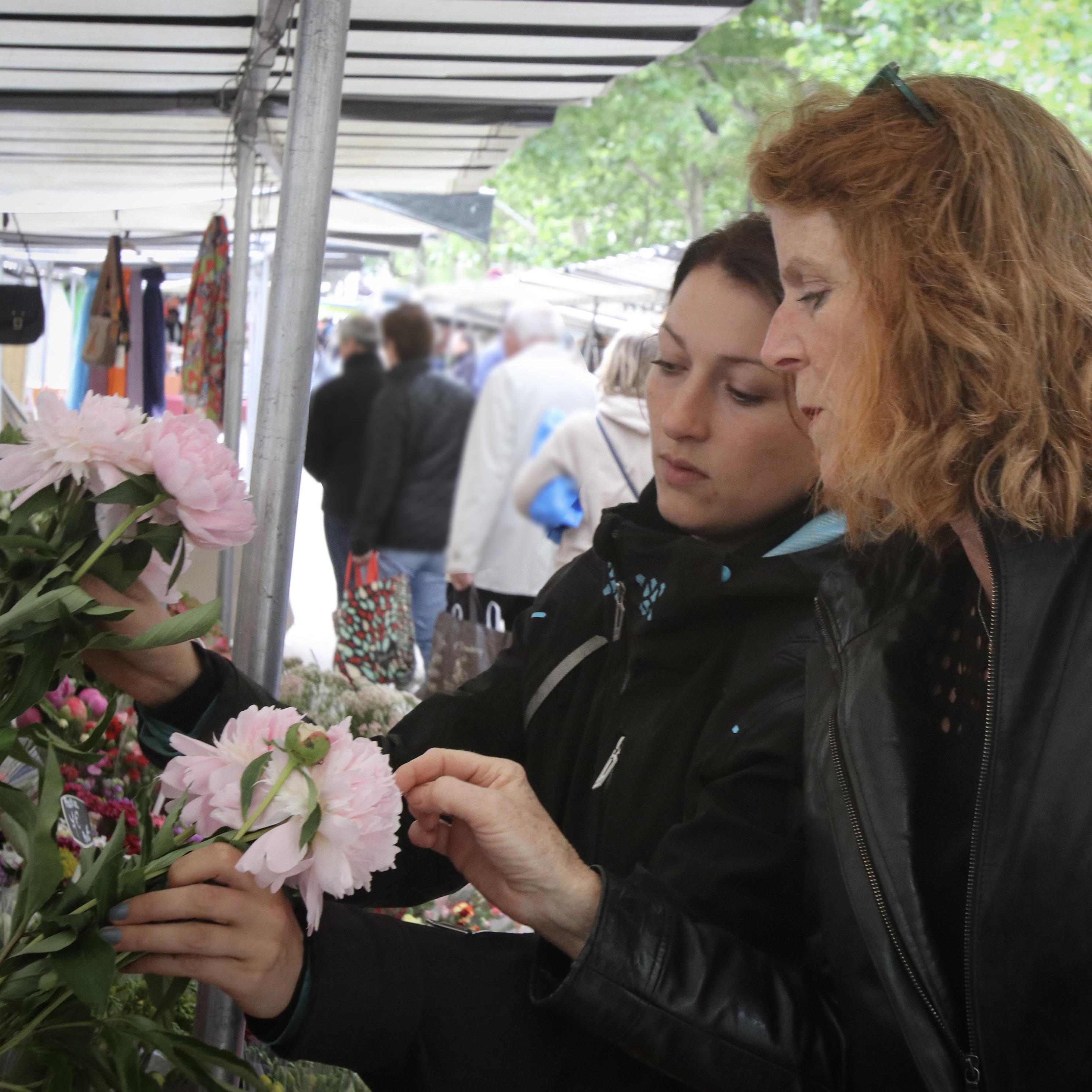 Paris open-air market with Susan Loomis