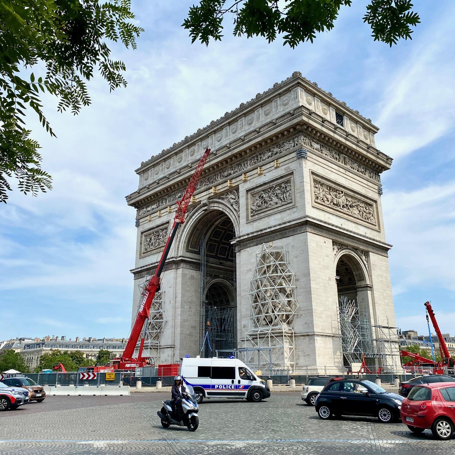 The Arc de Triomphe, Wrapped