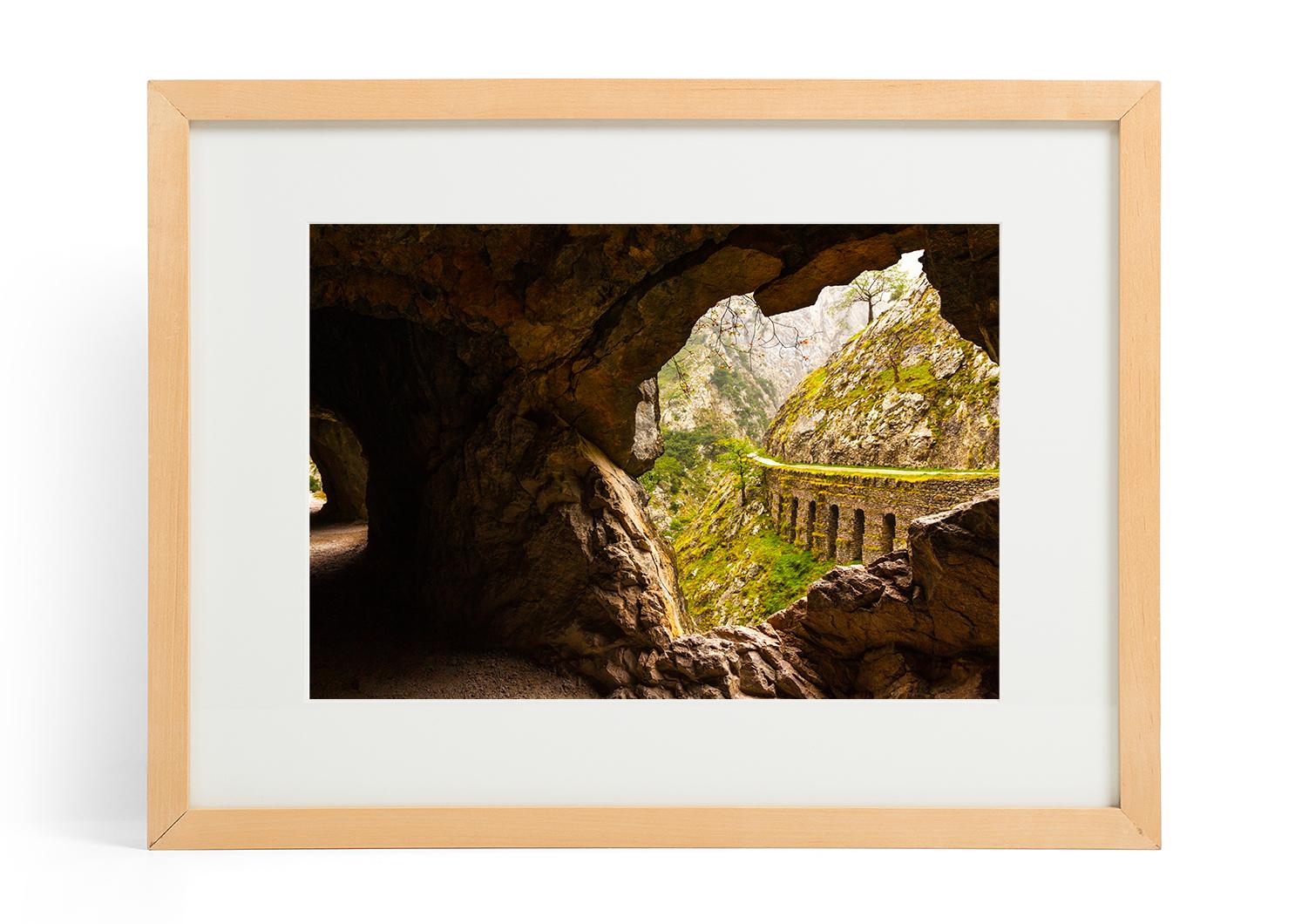 Los Picos Cave