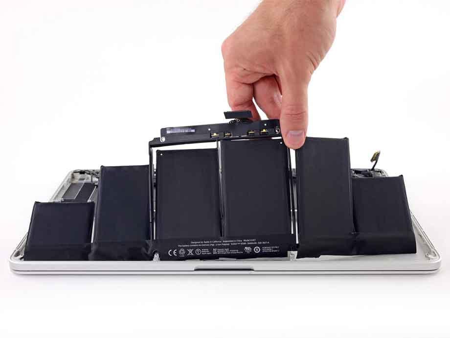 MacBook Battery Replacement