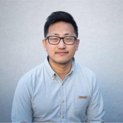 Tim Chen headshot