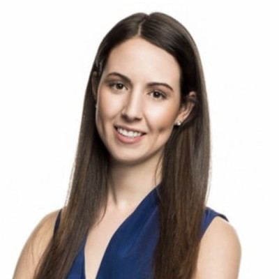 Amanda Robson headshot