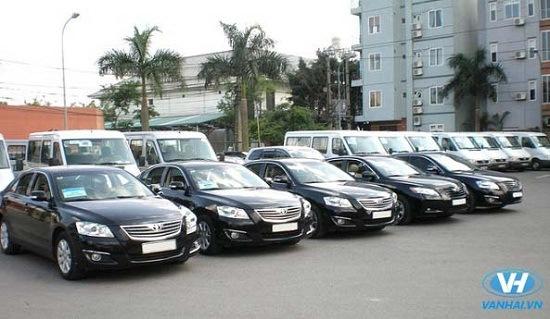 Cho thuê xe 4 chỗ theo tháng giá rẻ Hà Nội của Vân Hải được đánh giá cao
