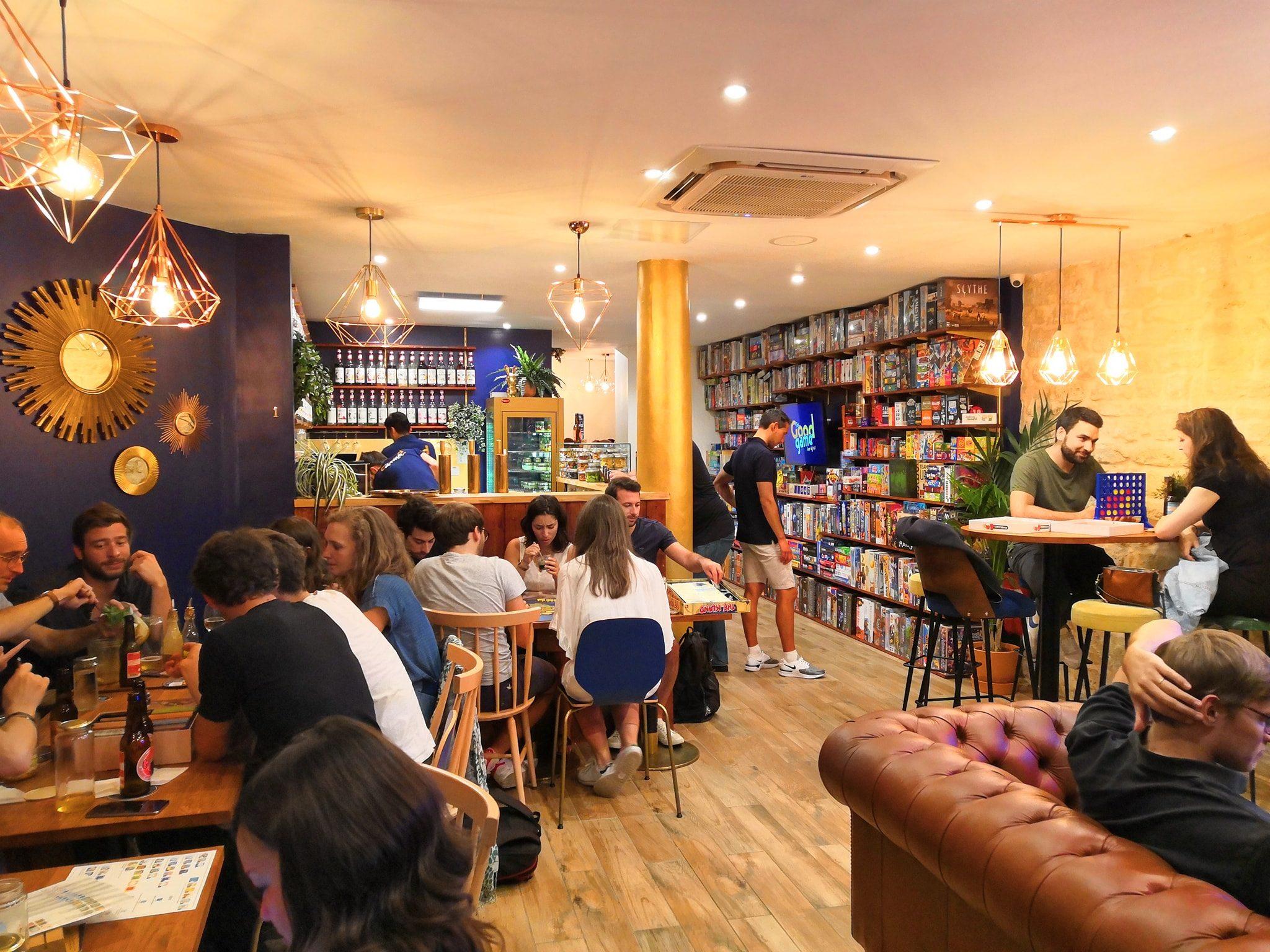 Bar à jeux Paris