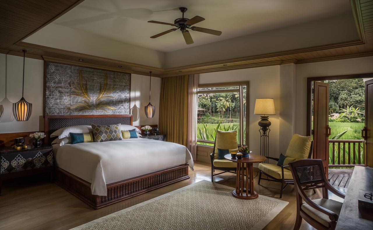 http://bit.ly/ResortFourSeasonsResortChiangMai