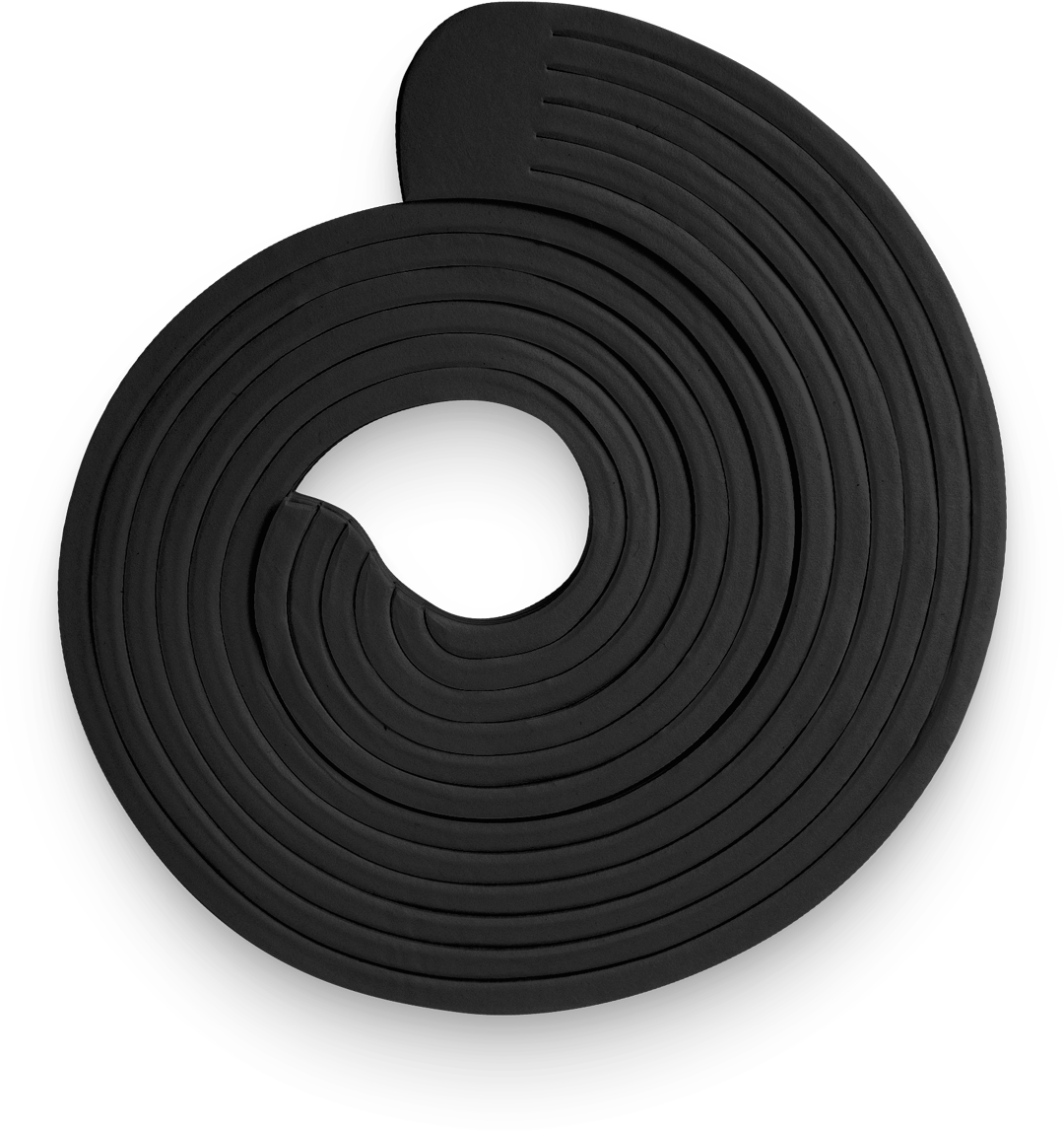 Black SpiroPack flat lay