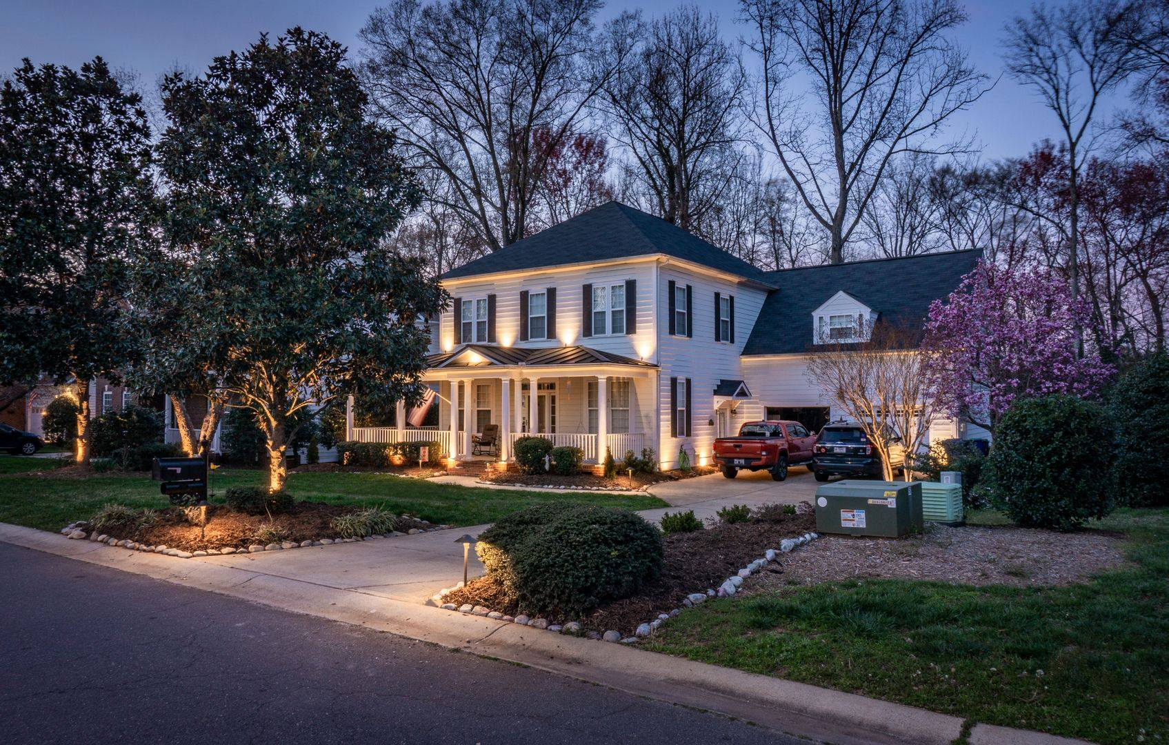Yard and Landscape Outdoor Lighting in Charlotte NC