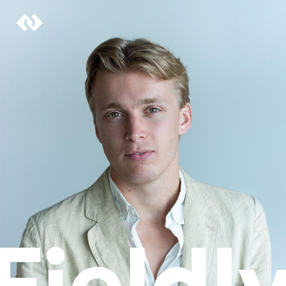 Säg hej till Adam - Fieldlys drivna och dansanta Account Executive!