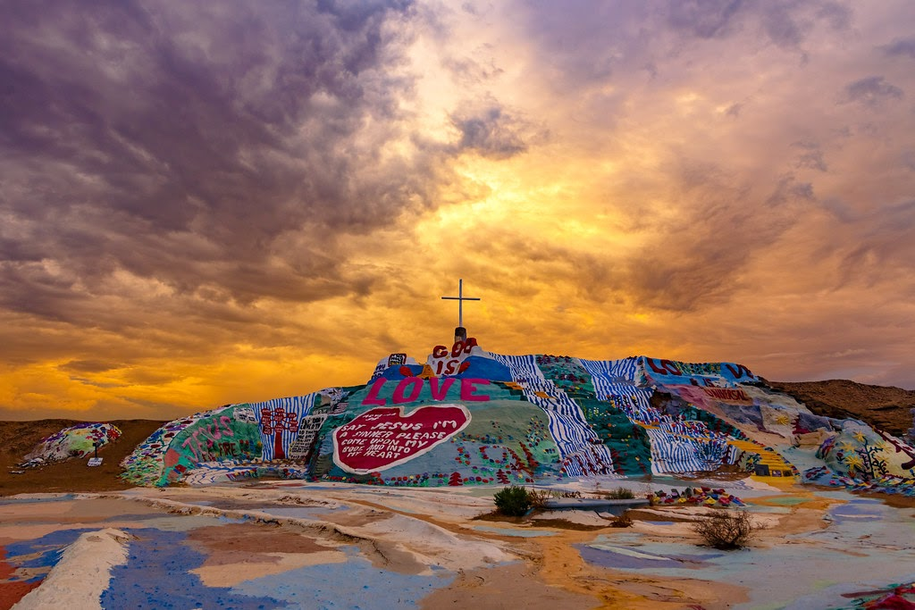 Salvation Mountain 救赎山