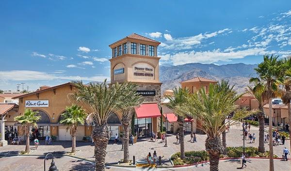 Desert Hills Premium Outlets
