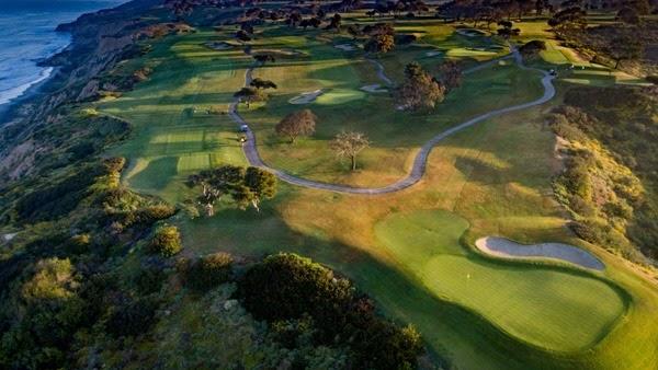 多利松高尔夫球场