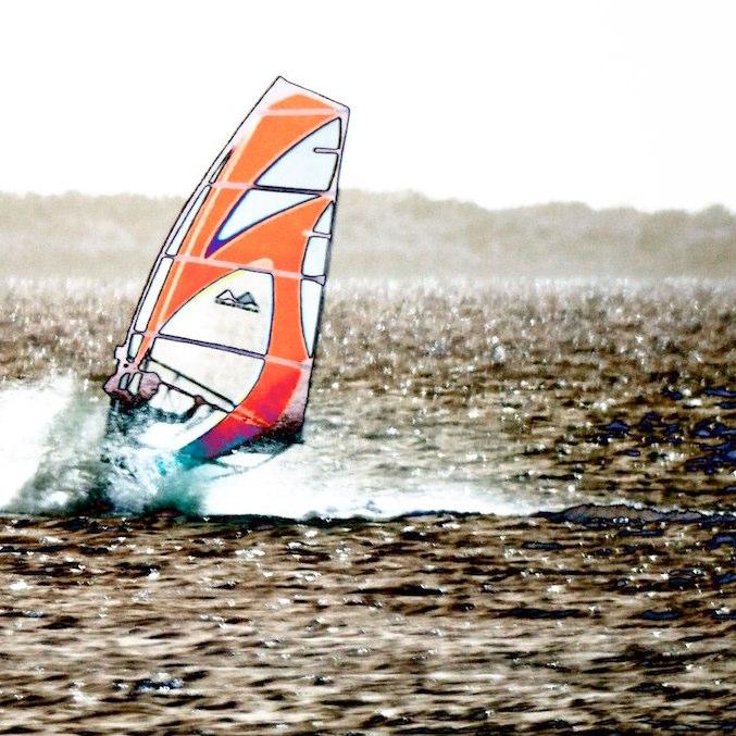 Mohan Zhang, windsurfer