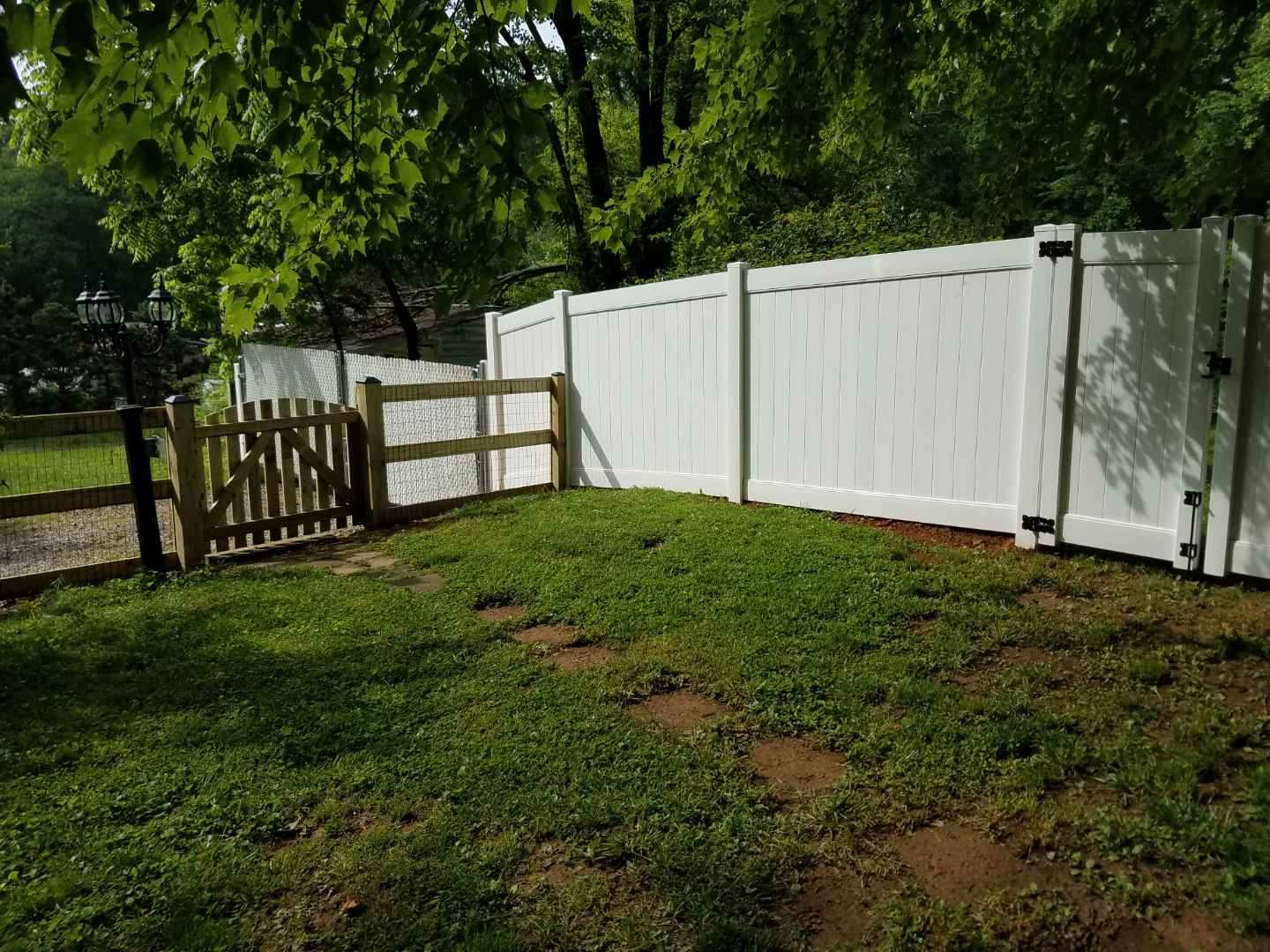 6ft White Vinyl PVC & 4ft Wood Paddock with Black Mesh Wire Fence