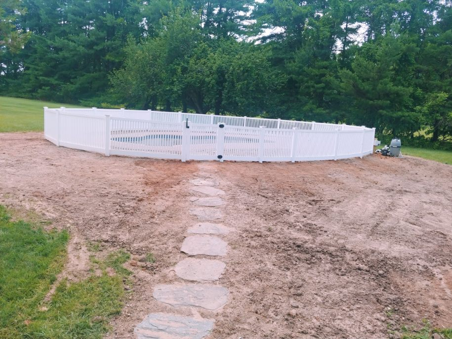 4ft Residential White Vinyl PVC Savannah Closed Top Picket Pool Fence With New England Post Caps In Reisterstown, MD