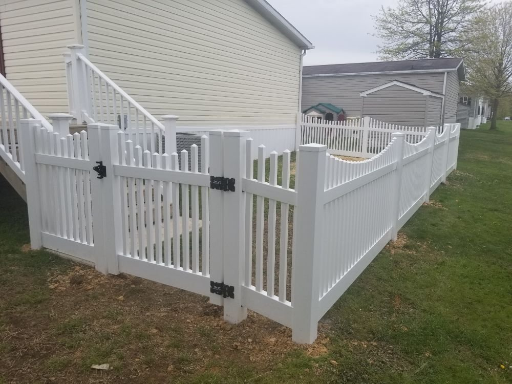 4ft Residential Stockade White PVC Vinyl Fence in Middle River, MD