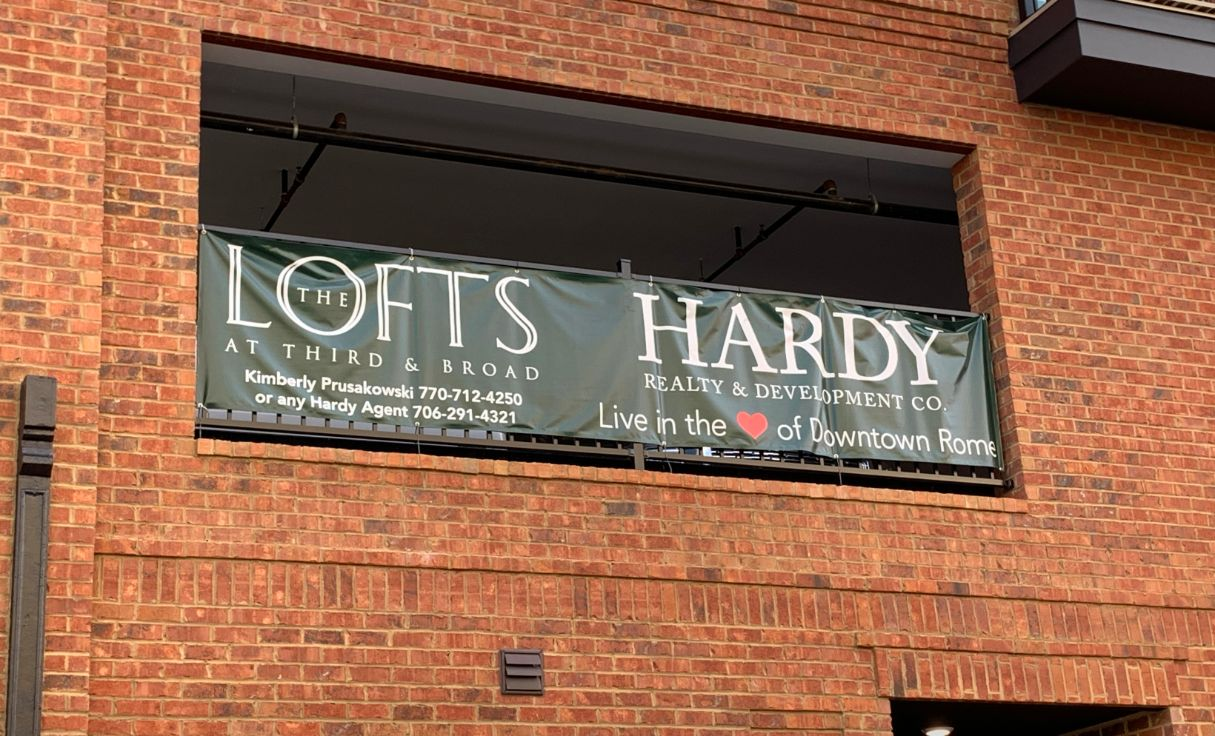 the lofts hardy realty banner