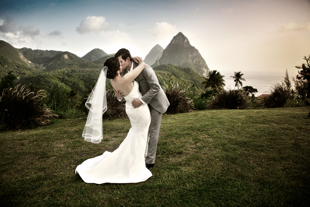 wedding day kiss pitons