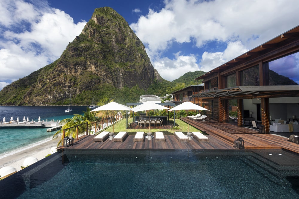 Hotel with Piton view