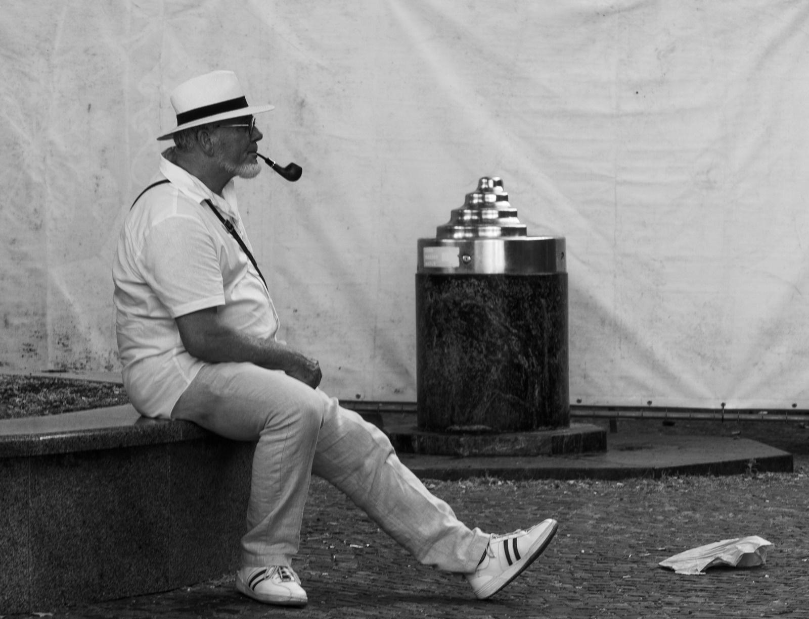 Starec s fajkou