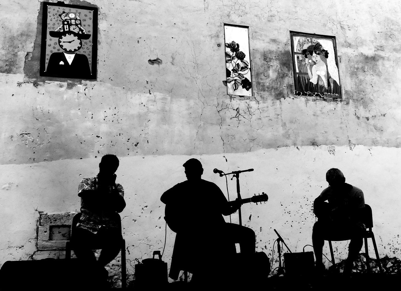 Hudobníci