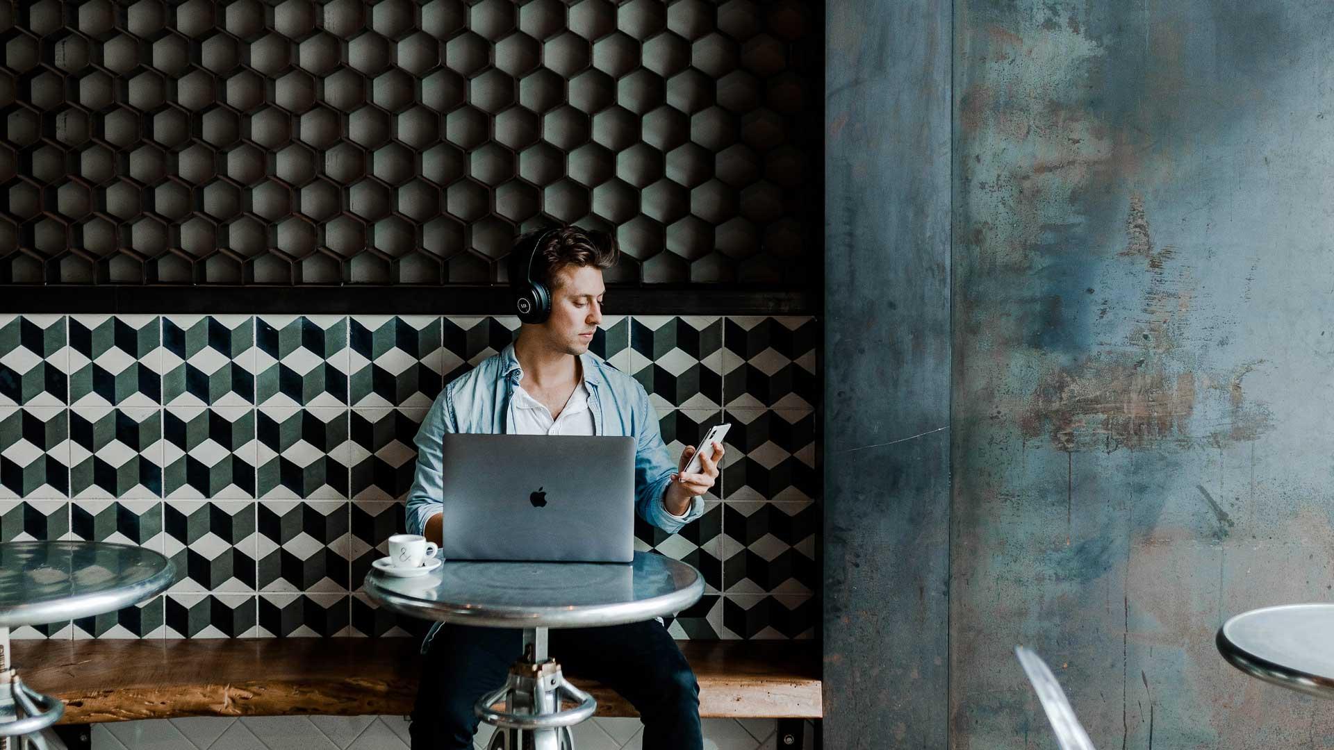 Entenda a importância de interagir com clientes nas redes sociais