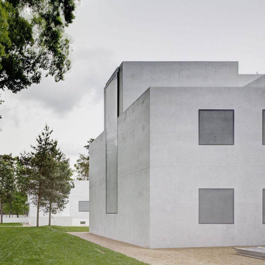 Neue Meisterhäuser Bauhaus Dessau by Bruno Fioretti Marquez